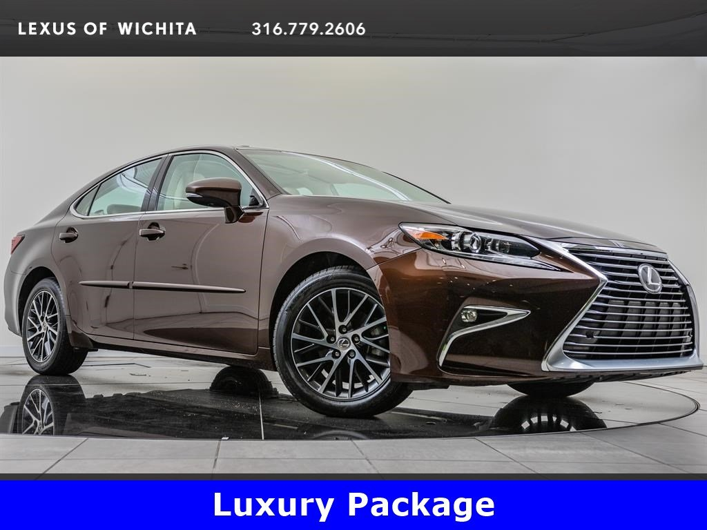 Pre-Owned 2016 Lexus ES 350 Luxury Package, Navigation, Factory Wheel Upgrade
