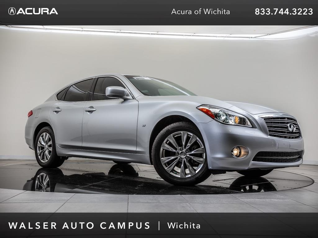 Pre-Owned 2014 INFINITI Q70 Navigation, Moonroof, Backup Camera, Bluetooth