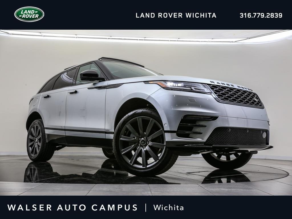 Pre-Owned 2018 Land Rover Range Rover Velar HSE R-DYNAMIC, 380HP, Moon, NAV, HUD, LOADED!