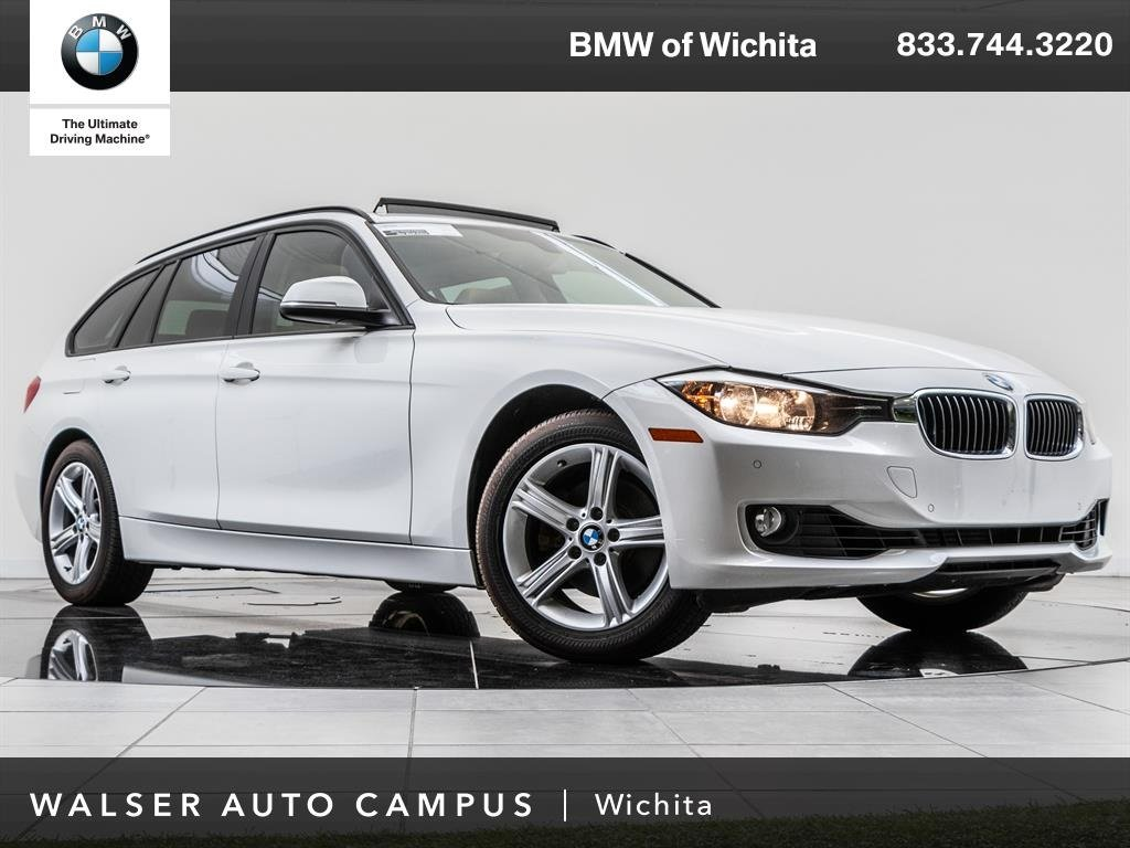 Pre-Owned 2014 BMW 3 Series 328i xDrive Rearview Cam, Heated Seats, Bluetooth