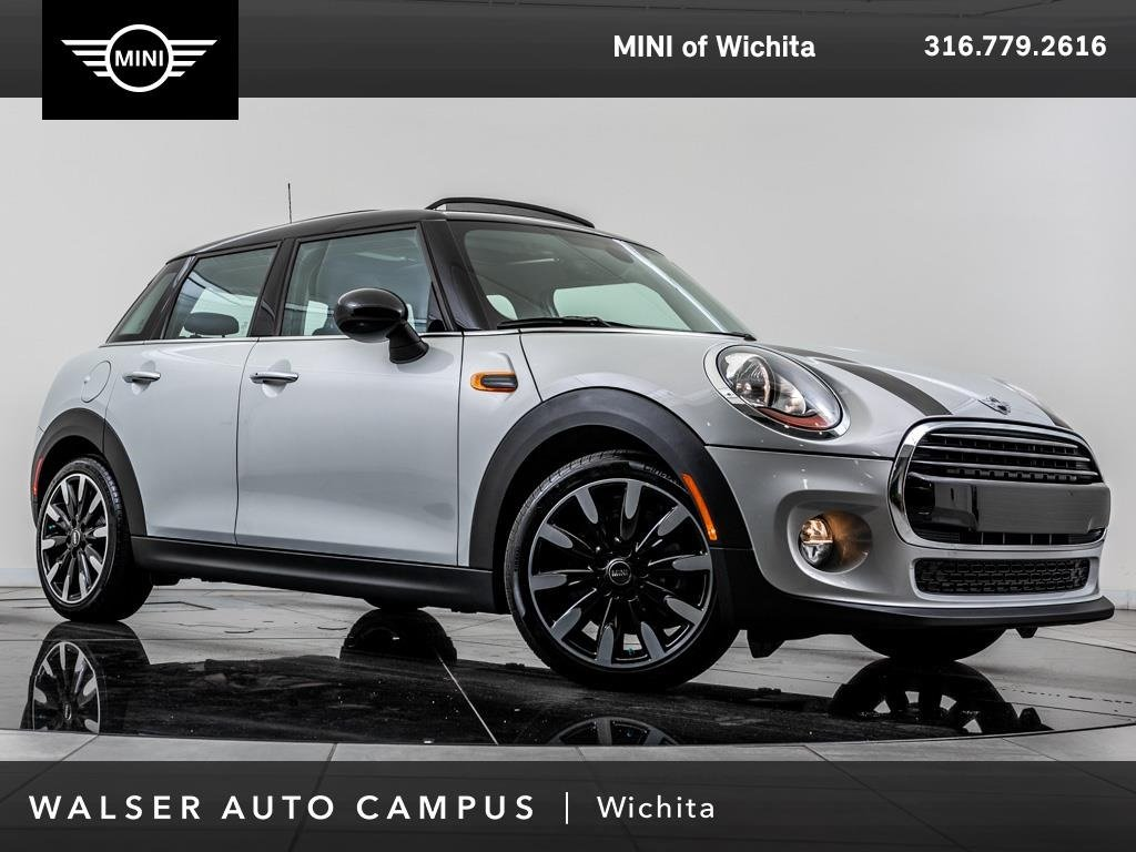 Pre-Owned 2018 MINI Hardtop 4 Door Cooper, Certified Pre-Owned Pano Moonroof, RV Cam