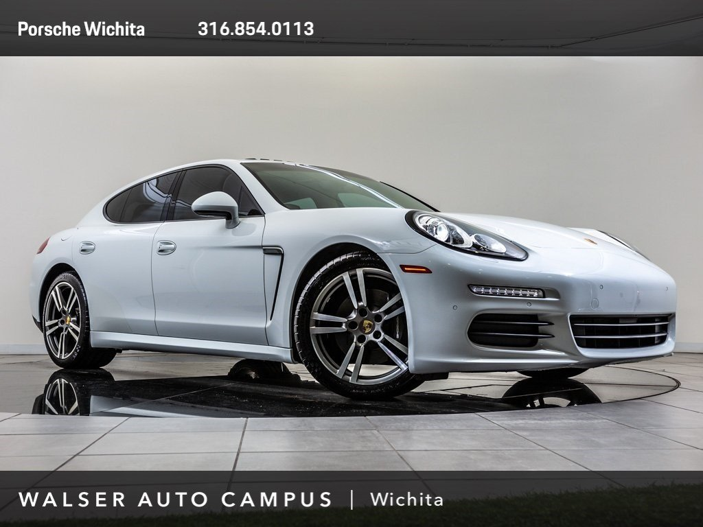 Pre-Owned 2015 Porsche Panamera Premium Package Plus, BOSE Surround Sound