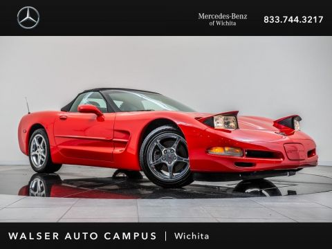 Pre-Owned 2001 Chevrolet Corvette Convertible, BOSE Speakers, Head-Up Display