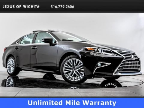 Pre-Owned 2018 Lexus ES Luxury Package, Navigation, Factory Wheel Upgrade
