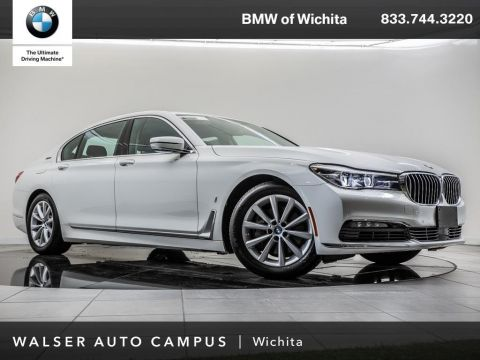 Pre-Owned 2018 BMW 7 Series xDrive Head-up, Panoramic Moonroof, Navigation