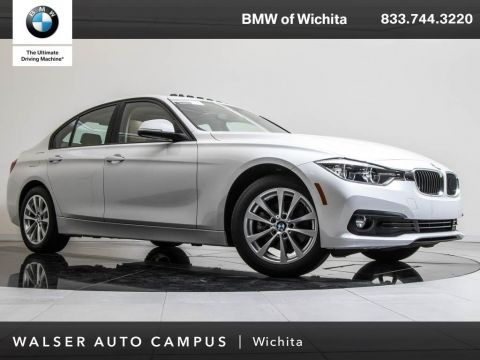 Pre-Owned 2018 BMW 3 Series 320i xDrive Navigatio, RV Camera, Moonroof