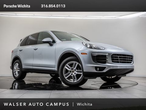 Pre-Owned 2018 Porsche Cayenne Navigation, Rear View Camera, Moonroof